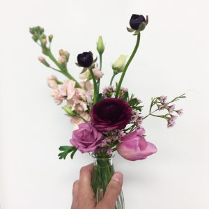 Send flowers - Administrative Professional's Day