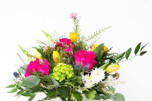 Living Fresh - Cheerful Hand-tied Bouquet