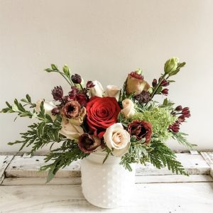 Living Fresh - Holiday flower Arrangement - Small