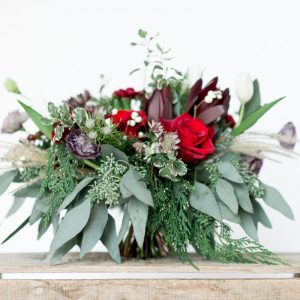 Living-Fresh-Holiday-Handtied-Bouquet