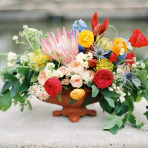 Living Fresh Summer Garden Centrepiece Flower Class
