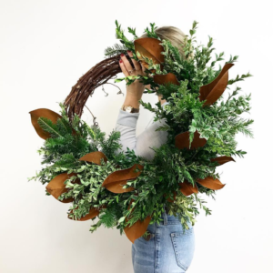 living-fresh-winter-wreath-grapevine