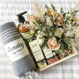 Living Fresh Flower and Plant Studio - Sun Lovers Gift Box