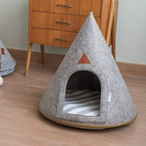 Living Fresh Flower and Plant Studio - Medium Pet Cave - Lucy