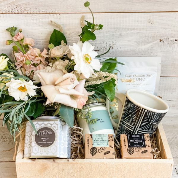 Living Fresh Flower and Plant Studio - Deluxe Good Vibes Gift Box